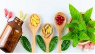 علاج برد المعدة بالاعشاب