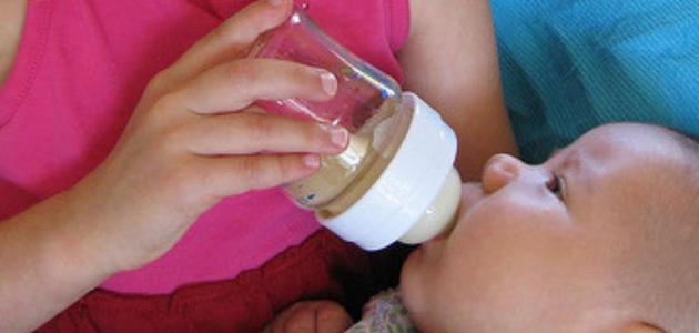الرضاعه الصناعيه للاطفال