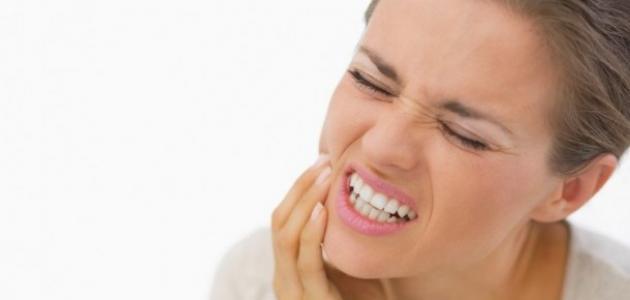التهاب اللثة من اعراض الحمل