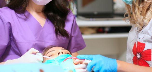 الم لثة الاسنان