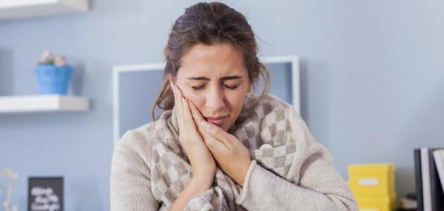 علاج التهاب اللثه