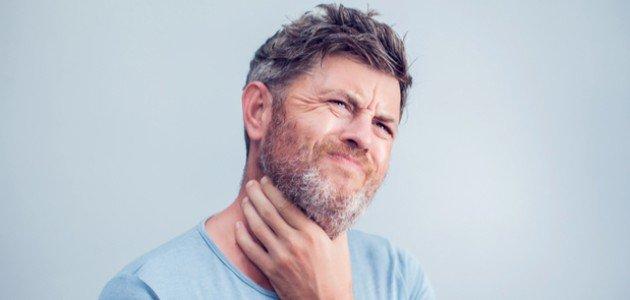 التهاب اللوزتين وخروج دم