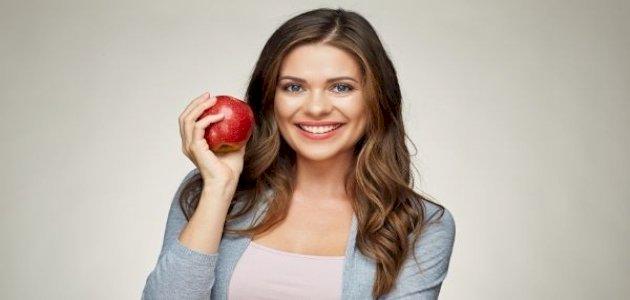 فوائد التفاح للشعر