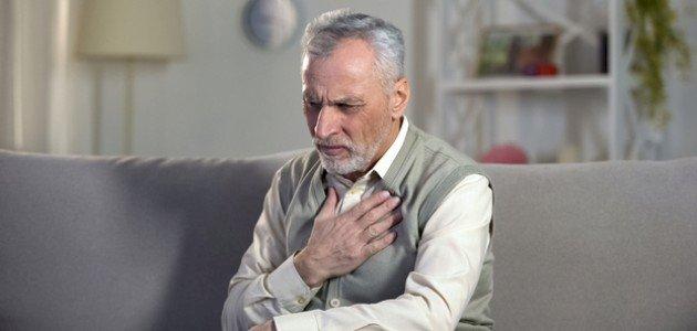 التهاب فم المعدة وضيق التنفس