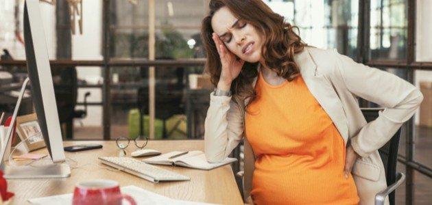 الام الحوض في الشهر الثامن من الحمل