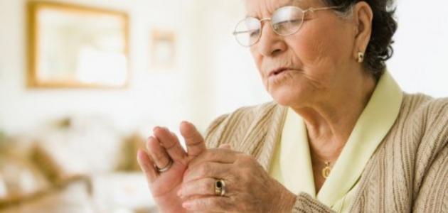 علاج هشاشة العظام عند كبار السن