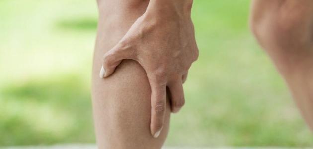 التشنج العضلي في الساق