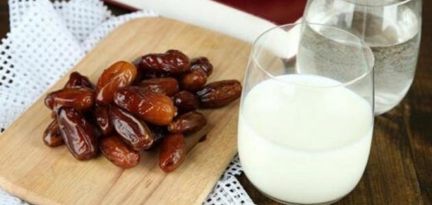 فوائد التمر والحليب للبشره