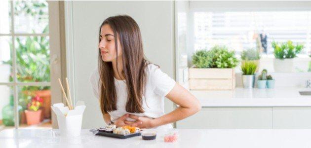 اعراض عسر الهضم و القولون