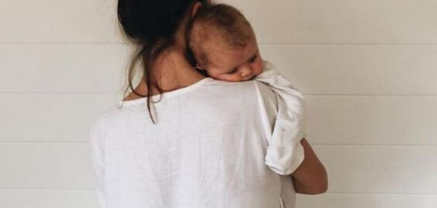 كيفية تكريع الطفل بعد الرضاعة
