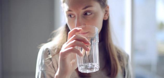 أعراض قلة شرب الماء