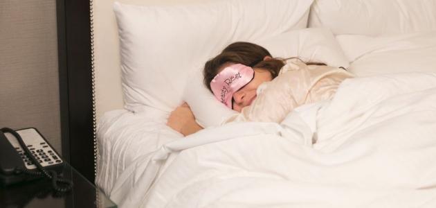 أسرع طريقة للنوم السريع