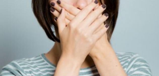 أعراض مرض السيلان الفموي