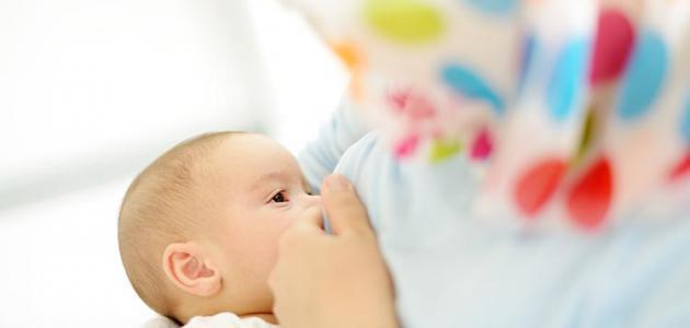 تغذية طفل 10 أشهر
