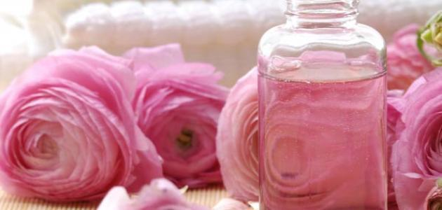 فوائد ماء الورد للوجه