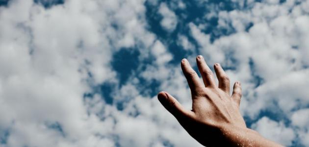 حساسية الشمس على اليدين
