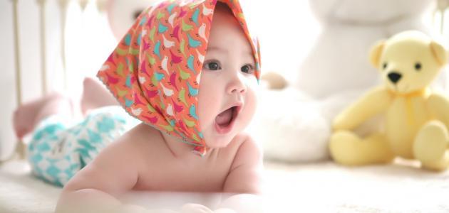 سبب رائحة فم الرضيع