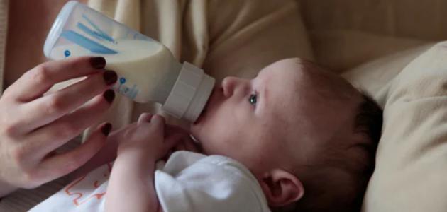 هل الحليب الصناعي يسمن طفلي