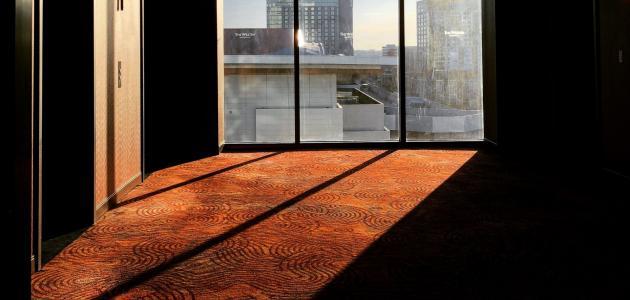 محفزات الربو: ما هو الأفضل الأرضيات الصلبة أم السجاد