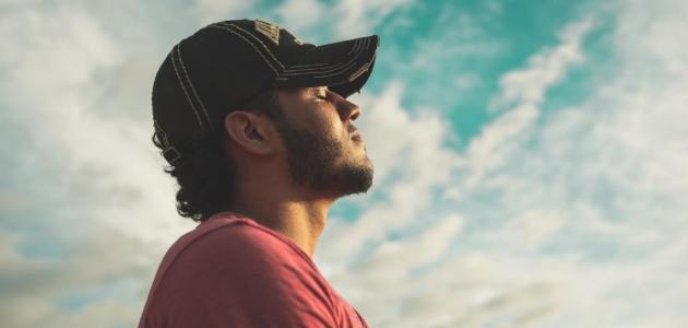 التنفس بفم مغلق: هل له فوائد؟
