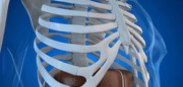 ما هو تقعر القفص الصدري؟