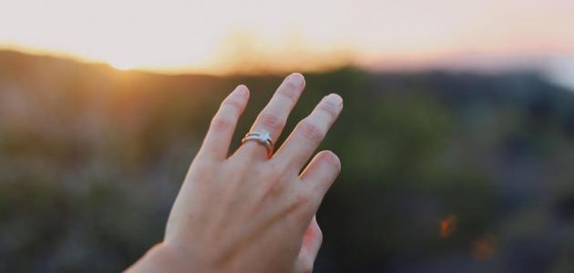 تشنج الإصبع الأوسط في اليد: ما علاجه!