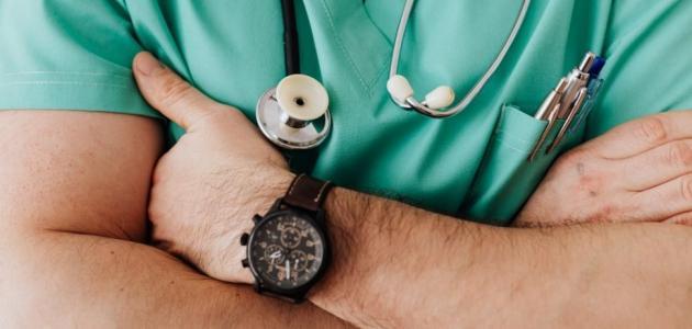 ما هو علاج حالة الإحليل التحتي؟