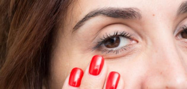ما هي علامات العين الكسولة؟