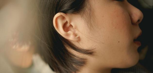ما المقصود بعملية ترقيع طبلة الأذن؟