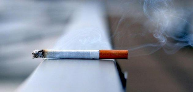 طرق لعلاج تغير لون الشفتين الناتج عن التدخين