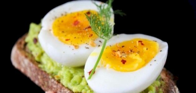 ما الطريقة الصحية لتناول البيض؟
