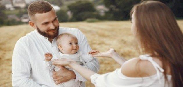 كيف تحمي علاقتك الزوجية بعد إنجاب الطفل الأول؟
