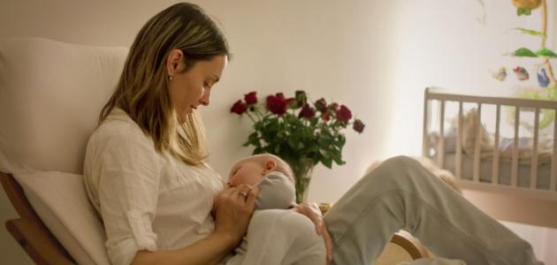 الرضاعة بعد الولادة القيصرية