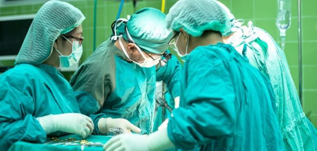 عملية تغيير مفصل الحوض