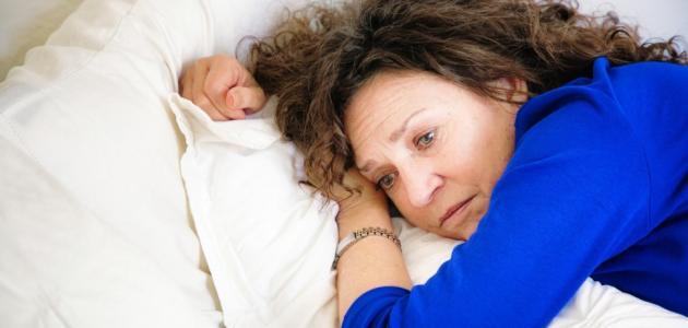 اعراض سن اليأس وعلاجاته