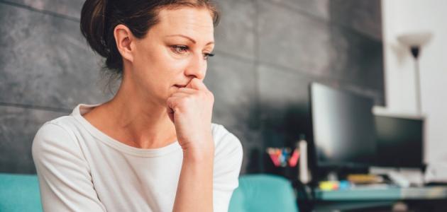 أعراض سن اليأس عند المرأة
