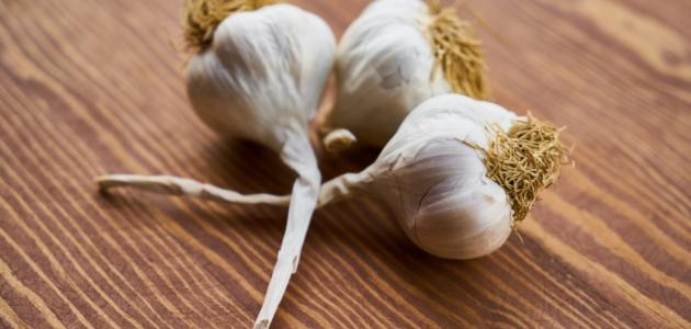 كيفية علاج الثعلبة بالثوم