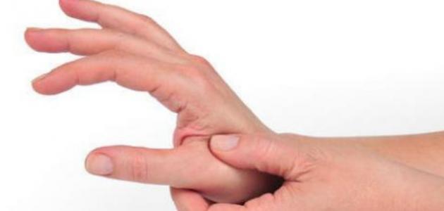 ما اسباب خدر اليدين